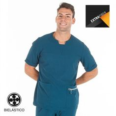 Blusa Boris Slim Fit Extrafiber verde petróleo Healthcare Uniforms, Staff Uniforms, Medical Uniforms, Dental Shirts, Medical Scrubs, Nurse Scrubs, Male Doctor, Scrub Life, Big Men Fashion