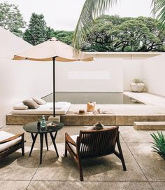 Small backyard inspiration 🌿 Love the asymmetry and the different levels creating separate areas as well as the minimalist palette and… Outdoor Spaces, Outdoor Living, Outdoor Decor, Interior Exterior, Exterior Design, Swimming Pool Designs, My Dream Home, Architecture Design, Backyard