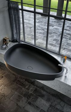 Pietraluce® #bathtub BEYOND by GLASS IDROMASSAGGIO | #design Claudia Danelon, Federico Meroni