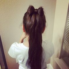 Ponytail Hair Bow  Beautiful and easy for the school