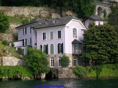 Villa Pasta | Blevio~ Pasta retired to this villa on Lake Como, where she gave voice lessons she was certainly qualified to do!