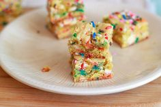 Cake Batter Blondies - Definitely making these for my next get-together