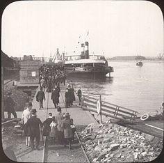 Passenger steamer at holiday time, Trafford Wharf.