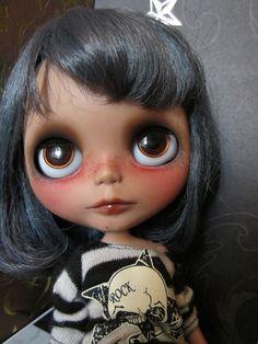 Custom by effluo-lost