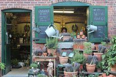 Winkelgevel -Terrasje - Straatje *Shop Front - Café Terrace - Alley