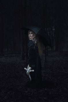 Photographer/Designer/Retoucher: Christina Parmak-Fischer – Frollein Fischer Photography Model: Linda K.