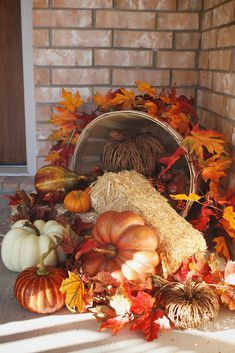 Want to have the prettiest front porch on the block this fall? Check out these DIY fall porch decorating ideas that are both easy and cheap to make! Autumn Decorating, Porch Decorating, Decorating Ideas, Fall Home Decor, Autumn Home, Thanksgiving Decorations Outdoor, Holiday Outdoor Decor, Fall Church Decorations, Fall Harvest Decorations