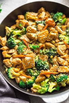 Asian Chicken And Rice Instant Pot Recipe.Instant Pot Coconut Rice Tested By Amy Jacky. Instant Pot Chicken Thighs Garden In The Kitchen. Chicken Broccoli Stir Fry, Fried Broccoli, Garlic Broccoli, Broccoli Cauliflower, Cooking Broccoli, Cooking Pasta, Poulet Keto, Restaurant Dishes, Chinese Restaurant