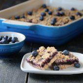 Image: BLÅBÆRRUTER MED SMULDRETOPPING A Food, Food And Drink, Brownie Bar, Frisk, Cereal, Baking, Breakfast, Recipes, Desserts