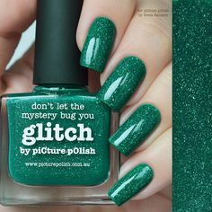 piCture pOlish = NEW 'Glitch' an emerald jelly scatter holo worn here by Sveta Sanders ❤️ ❤️ ❤️ thank you :) www.picturepolish.com.au