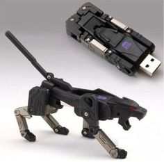Transformers USB! I need this! =D