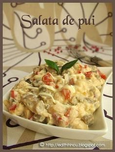 Chicken salad with mayonnaise and mushrooms Quick Meals, No Cook Meals, Cold Vegetable Salads, Light Summer Dinners, Helathy Food, Cottage Cheese Salad, Salad Dishes, Romanian Food, Food Porn