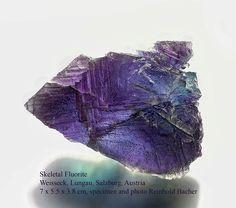 Skeletal Fluorite Weisseck, Lungau, Salzburg, Austria  size: 7 x 5.5 x 3.8 cm #fluorite #weisseck #lungau #austria #gems #minerals #rocks #crystal #crystals #nature #mineralspecimen #mineralspecimens #specimen #crystalhealing #mineralogy #geology #bluemountains #beautiful #colorful #luxury #fineminerals