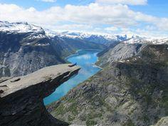 Trolltunga, Hardanger. Foto: Ina Sunde Kolderup. Norway, Country, Amazing Places, Water, Outdoor, Ink, Beautiful, Hardanger, Viajes