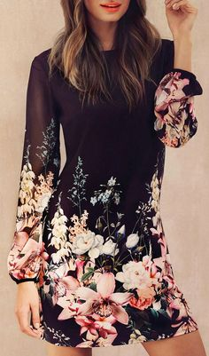 love how the pattern is on the bottom of the dress and the sleeves