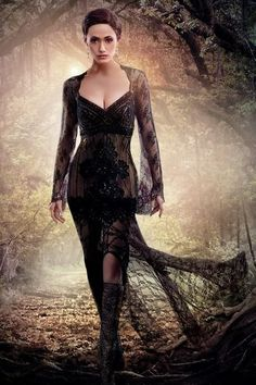 Strega, stregha, hexen, dark mori kei, black lace dress