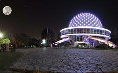 El Planetario, Buenos Aires city (at night...)