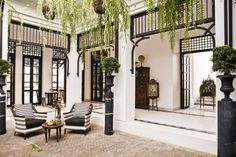 Das Siam hotel: Art Deco Meets Antike im Pulsierenden Bangkok Art Deco Hotel, British Colonial Decor, Modern Colonial, The Siam Hotel, Home Interior, Interior Design, Colonial Architecture, Design Hotel, Resorts