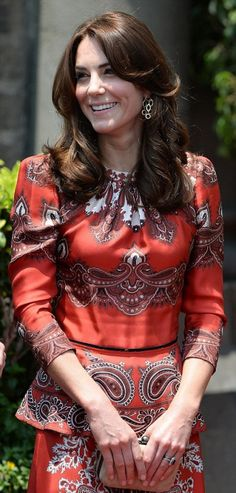 """♕ Catherine. The Duchess of Cambridge. """"When your heart begins to view the world through her rose-colored glasses, your each day becomes a wonderful visit to the beautiful Rose Garden. C'est La Vie En Rose."""" - Deodatta V. Shenai-Khatkhate"""