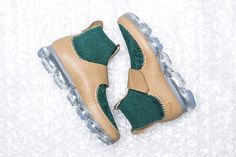 Industrial designer, Marc Newson has given the Air VaporMax a distinct look as part of the NikeLab Air Max Day Collection. The Newson edition Air VaporMax Fashion Models, Fashion Shoes, Sporty Fashion, Teen Fashion, Runway Fashion, Curvy Petite Fashion, Sporty Outfits, Fitness Outfits, Workout Outfits