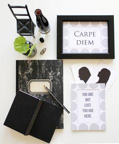 Hullaannu ja hurmaannu: Arvonta: DecoraFrame-sisustustuotteita Carpe Diem, Graphic Prints, Frame, Blog, Home Decor, Picture Frame, Decoration Home, Room Decor, Frames