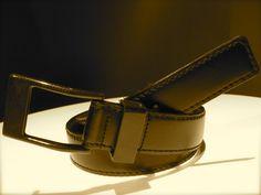 King Carbon, the 5.45 carbon fiber buckle belt in studio