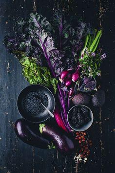 Purple Kale, Aubergine and Blackberry Salad food styling Design Set, Food Design, Food Styling, Purple Kale, Deep Purple, Purple Food, Purple Cabbage, Purple Fruit, Eggplant Purple