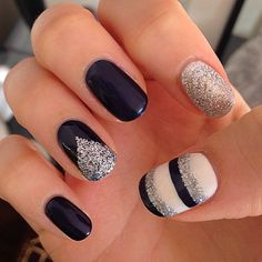 Attractive Navy Blue Gel Polish with Silver Glitter Stripes Nail Art