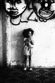 Urban Photography, Children Photography, White Photography, Digital Photography, Acrylic Photo, Photorealism, Photo Black, Photo Manipulation, Urban Art