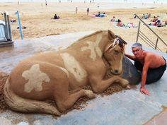 Elephant Sculpture, Sculpture Art, Multimedia Artist, Montage Photo, Live Animals, Spanish Artists, Sand Art, Animal Sculptures, Snow Sculptures