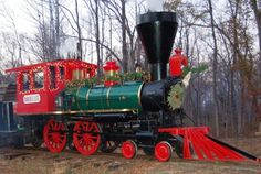 Climb Aboard The Christmas Express Train On Jefferson Railway In Texas For An Enchanting Holiday Adventure Christmas Express, Christmas Train, Christmas Themes, Halloween Train, Veterans Day Celebration, Visit Texas, Train Activities, Fun Places To Go, Railway Museum