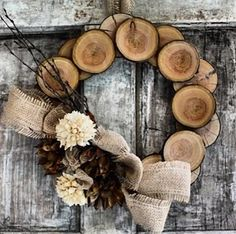 country living wooden wreath-
