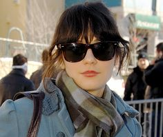when zooey puts on her shades... that is the IT factor