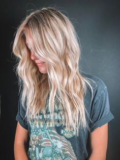 Hairstyles For Round Faces .Hairstyles For Round Faces Neutral Blonde Hair, Summer Blonde Hair, Blonde Hair Looks, Blonde Hair With Highlights, Balayage Hair Blonde, Brown Blonde Hair, Highlighted Blonde Hair, Cool Toned Blonde Hair, Beach Highlights