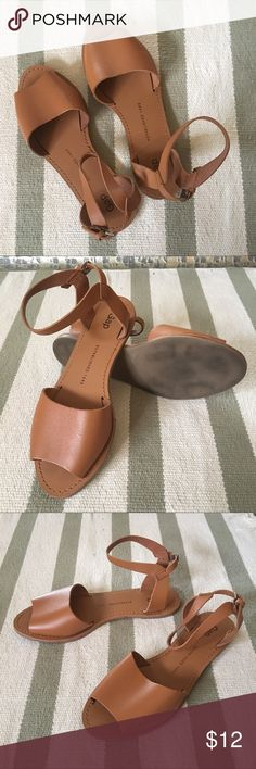 Gap Tan Sandals Still close to *BRAND NEW*!  Tan leather sandals perfect for the summer. GAP Shoes Sandals