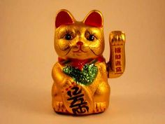 Lucky Macic Cat - play on your computer screen over and over - sit back and enjoy the rewards! This lucky cat is proven to give off good luck -- and keep bad...