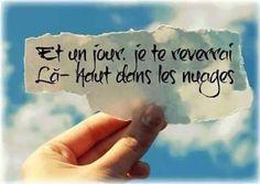 Tu me manques Always On My Mind, Love Always, Citations Souvenirs, Life Quotes Pictures, Famous Love Quotes, French Quotes, Crush Quotes, Wallpaper Quotes, Qoutes