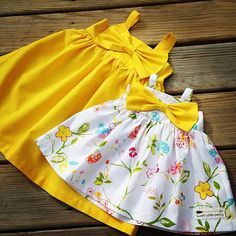 Floral Big bow Dress Girls Easter dress Baby by SweetWhitePeony Floral Big Bow Kleid Mädchen Ostern Kleid Baby von SweetWhitePeony Girls Easter Dresses, Toddler Girl Dresses, Little Girl Dresses, Girls Dresses, Kids Dress Wear, Mom Dress, Little Girl Fashion, Kids Fashion, Baby Easter Outfit