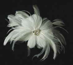 This is really pretty. Bridal Fascinator