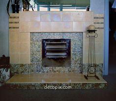 Decopix - The Art Deco Architecture Site - Art Deco & Streamline Moderne Houses. Repinned by Secret Design Studio, Melbourne.  www.secretdesignstudio.com