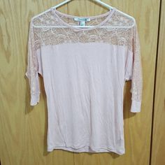Pink 3/4 Sleeve Lace Tee Silky cotton fabric with lace Forever 21 Tops Tees - Short Sleeve