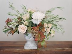 Organic Floral Holiday Centrepiece Tutorial, Ashley Sawtelle and European Flower Shop
