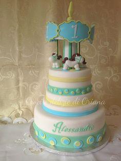 Torta giostra dei cavalli | Caurosel cake http://blog.giallozafferano.it/crociedeliziedioriana/2014/10/torta-giostra-dei-cavalli.html