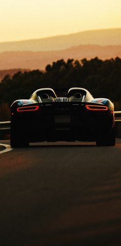 (°!°) Porsche 918 Weissach Package Spyder in Martini Livery at sunset...