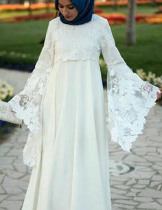 Dress Brokat Muslim, Muslim Dress, Abaya Fashion, Muslim Fashion, Fashion Dresses, Muslimah Wedding Dress, Muslim Wedding Dresses, Indian Designer Outfits, Designer Dresses