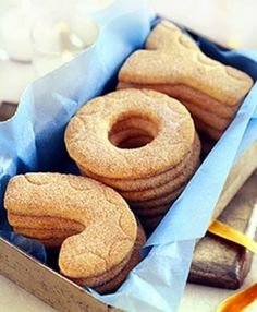 spell out greetings with cookies! and 11 other easy ideas for Christmas