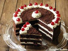 10 Chocolate Cake Recipes recipes-and-food Best Dessert Recipes, Sweets Recipes, Fun Desserts, Cake Recipes, Icing Recipes, Food Cakes, Cupcake Cakes, Cupcakes, Rasberry Cake