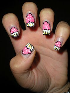 cupcake/birthday nails