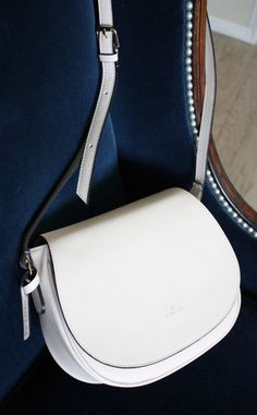 Morning Ivory Cross Body