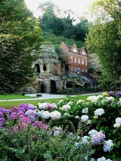 Nottingham Castle and caves inside Sherwood Forest, England. Love to see this castle and caves - exciting - Ax Places Around The World, Oh The Places You'll Go, Places To Travel, Places To Visit, Around The Worlds, Beautiful Castles, Beautiful World, Beautiful Places, Nottingham Castle
